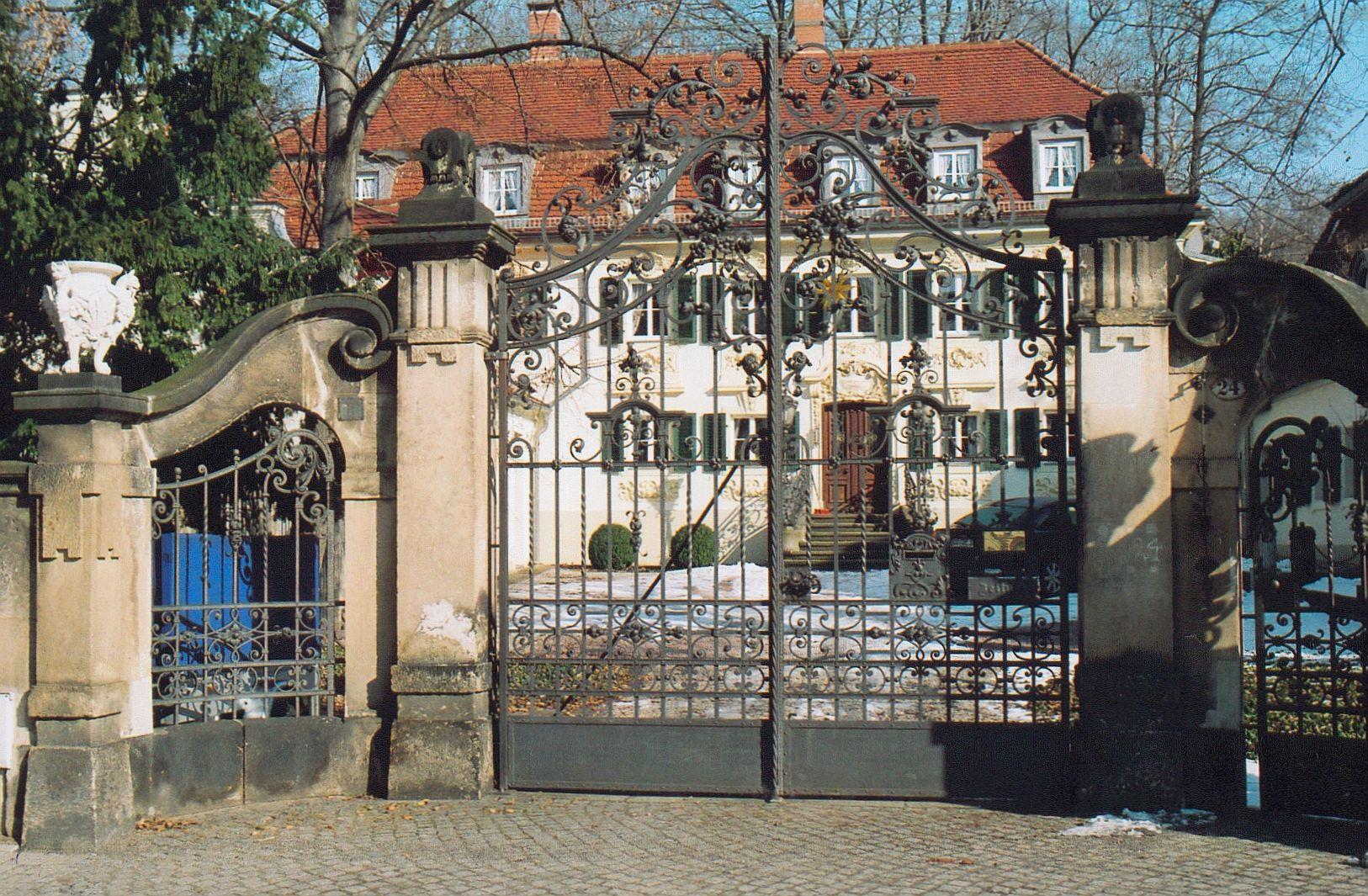 Trachau - Von Menschen, Häusern und Straßen  (1)